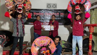 Photo of Peduli Kesenian di Masa Pandemi, Mahasiswa UMM Sasar Paguyuban Unggulan Desa Kolomayan