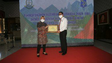 Photo of Wali Kota Risma Bersama Kejaksaan Berhasil Selamatkan Aset Senilai Rp 121 Miliar