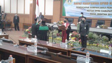 Photo of Ketua DPRD Gresik PAW, Dilantik Oleh Ketua PN