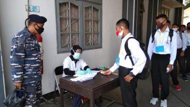 Photo of Para Calon Siswa Bintara Pria dan Tamtama PK TNI AL Gel. II TA. 2020 laksanakan Rapid Test di Mako Lanal Tegal