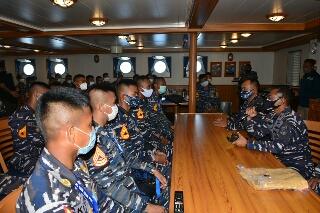 Photo of Hari Pertama di Bima Suci, Taruna AAL Mulai Pengenalan Lingkungan Kapal