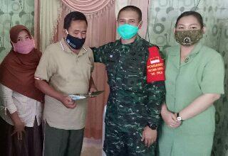 Photo of Dandim O817/Gresik Anjangsana Kerumah Anggotanya Yang Sakit