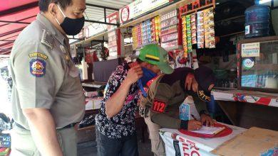 Photo of Meski Kasus Covid-19 Melandai, Pemkot Terus Gelar Operasi Protokol Kesehatan Serentak di 31 Kecamatan se-Surabaya