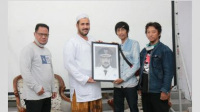 Photo of Temui Komunitas Seni Rupa Probolinggo, Wali Kota Habib Hadi Ajak Berkolaborasi