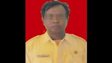 Photo of Kades Grati Ismantoro  Sarjono (KRECO) Diberhentikan Dengan Hormat Oleh Bupati Lumajang