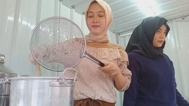 Photo of Mantan Pramugari Batik, Sukses Jualan Mie Di Tepi Jalan