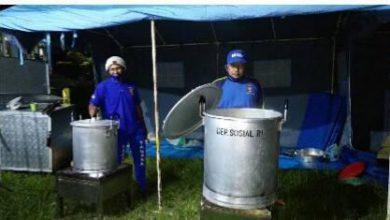 Photo of Tim Tagana kab Lumajang Penuhi Kebutuhan Pangan Pengungsi Semeru, Pemkab Siapkan Dapur Umum