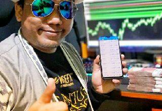 Photo of Gus Fik Bersama Gresikbaik Berhasil Berdayakan Ekonomi Dengan Aplikasi AI Wisefx