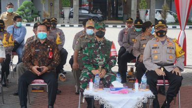 Photo of Dandim 0817/Gresik Hadiri Apel Pergeseran Pasukan Dalam Rangka Pengamanan TPS Pemilihan Bupati Dan Wakil Bupati