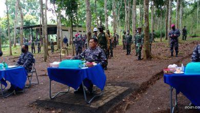 Photo of Kasal Beri Pembekalan Siswa Dikmata TNI AL Angkatan XL/2 Saat Lattek Berganda di Puslatpur Purboyo