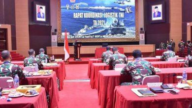 Photo of Bangun Penerangan TNI yang Informatif dan Komunikatif, Kabagpen AAL Ikuti Rakornispen TNI 2021 Virtual
