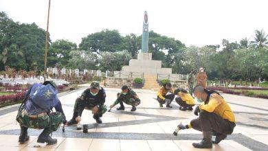 Photo of Satlat-2/Hiu Latsitardanus XLI Bersihkan Taman Makam Pahlawan Syuhada Kota Binjai