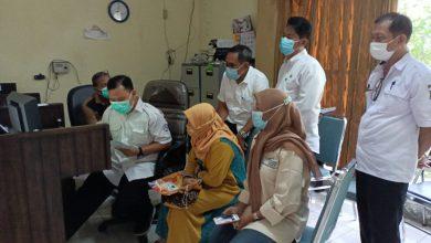 Photo of Sosialisasikan Aplikasi Edabu Jamkesda di Kantor Kelurahan, Pemkot Surabaya Ajak Warga Segera Mendaftar
