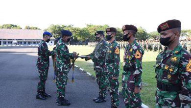 Photo of Jelang Sertijab, Gubernur AAL Berikan Exit Briefing kepada Keluarga Besar AAL