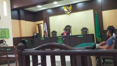 Photo of Sidang Praperadilan Oknom LSM Kandas,Kuasa Hukum Pemohon Sayangkan Putusan Hakims
