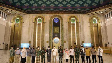 Photo of Wali Kota Eri dan Forkopimda Keliling ke Masjid-masjid Pantau Takbiran dan Persiapan Salat Idul Fitri