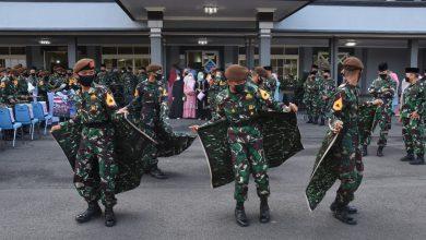 Photo of Tak Bisa Cuti dan Mudik, Ketupat Opor Ayam Obat Rindu Taruna AAL Saat Lebaran