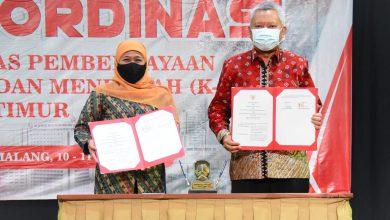 Photo of Gubernur Khofifah Minta Koperasi dan UMKM Difasilitasi Akses Penguatan SDM, Pasar dan Permodalan