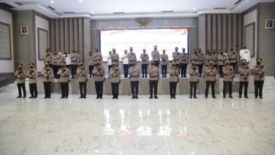 Photo of Kapolda Jatim Pimpin Sertijab Pejabat Utama dan Kapolres Jajaran Polda Jatim