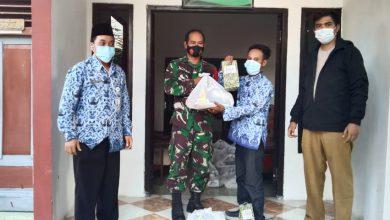 Photo of Pesan Jusuf Ansyori : Saat Salurkan 52 Paket Sembako Pada Isoman