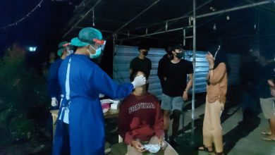 Photo of Langgar PPKM Level 4, Puluhan Orang Ditest Swab Antigen 1 Positif