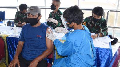 Photo of TNI AL Kodiklatal Kerja Sama Pelindo III Surabaya Gelar Serbuan Vaksin Ke-2 Masyarakat Maritim
