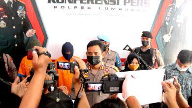 Photo of Kapolres Lumajang Beberkan Keberhasilan Ungkap 4 Pelaku Curas Dan Curwan, Satu Diantaranya Begal Sadis 53 TKP