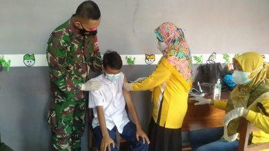 Photo of Serma Rudianto Dampingi Pelaksanaan Vaksinasi Kepada  Anak-Anak Difabel