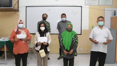 Photo of Koperasi Sekolah di Surabaya Kembalikan Uang Siswa MBR yang Terlanjur Beli Seragam