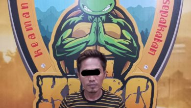 Photo of Satreskrim Polres Lumajang Bekuk Pelaku Judi Online